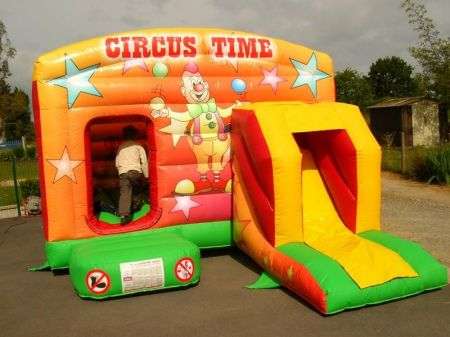 Chateau gonflable CIRCUS